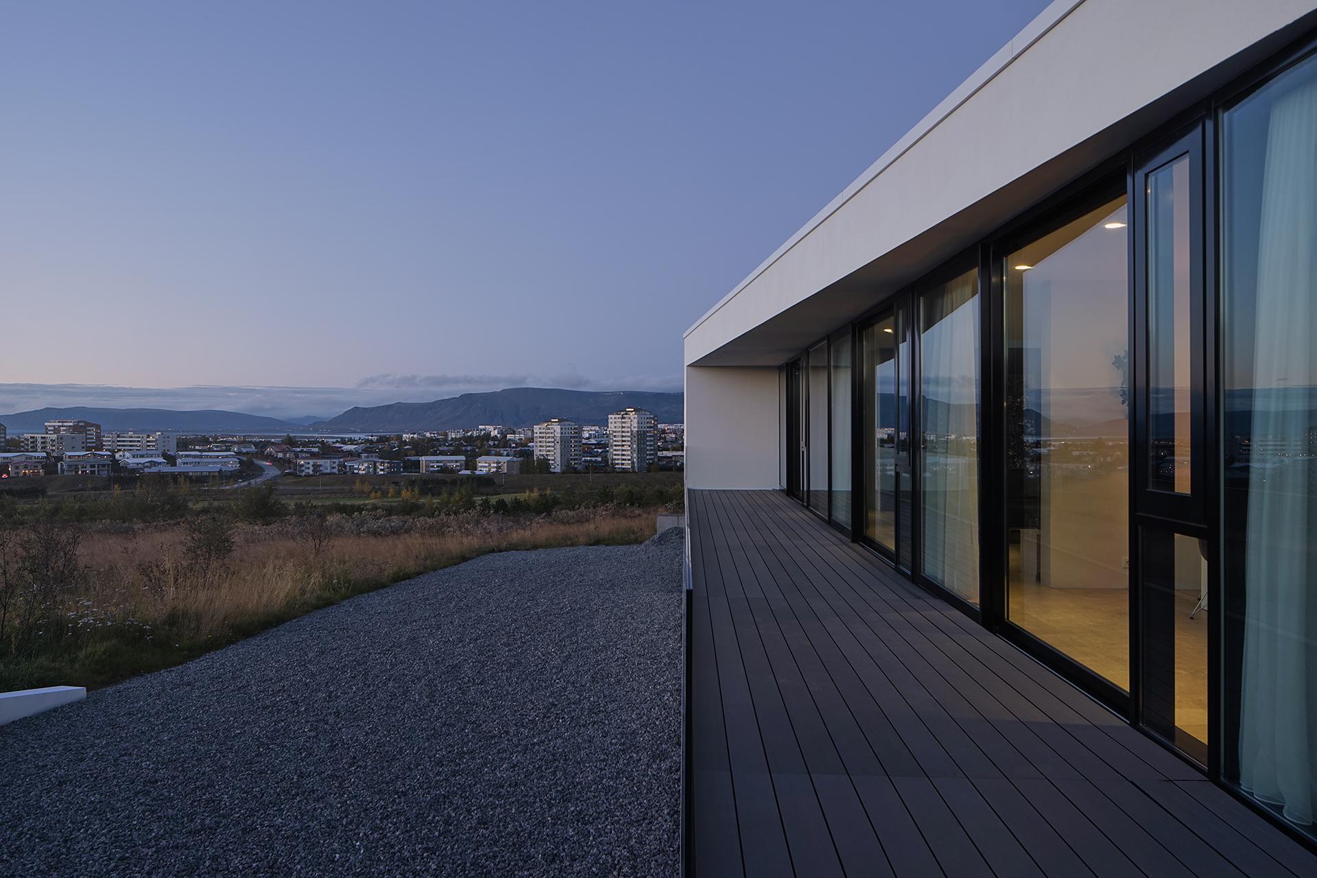 House Reykjavik 4