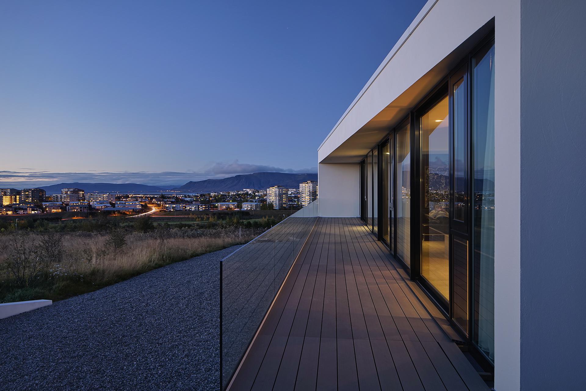 House Reykjavik 12